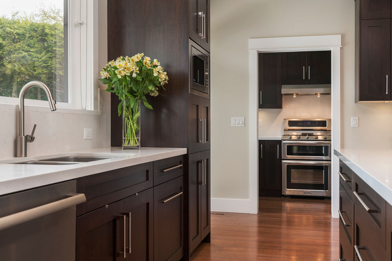 Upper Lonsdale Custom Home North Vancouver Spice Kitchen