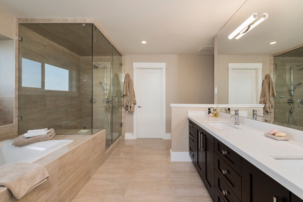 Upper Lonsdale Custom Home North Vancouver Master Ensuite