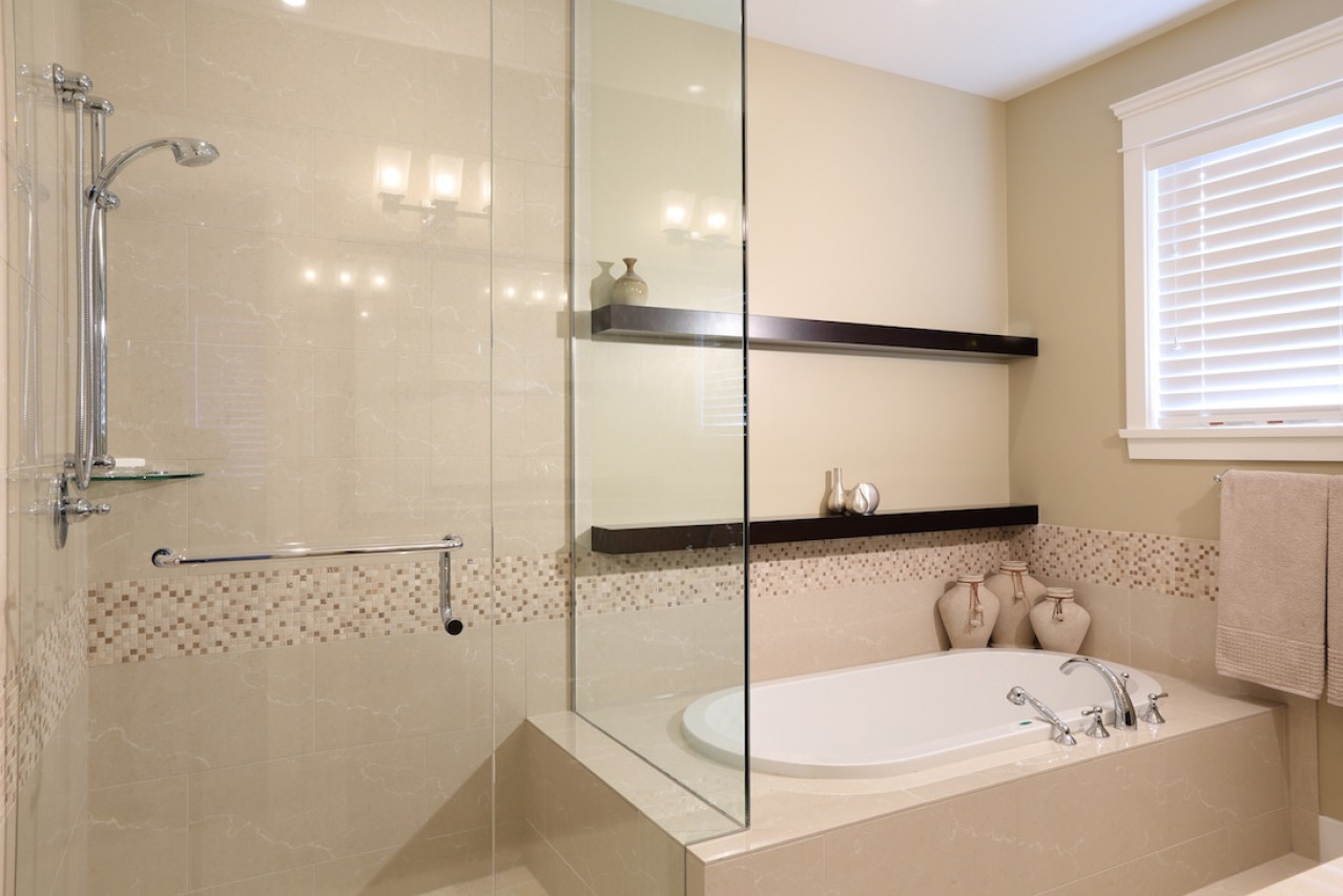West 11th Ensuite 3