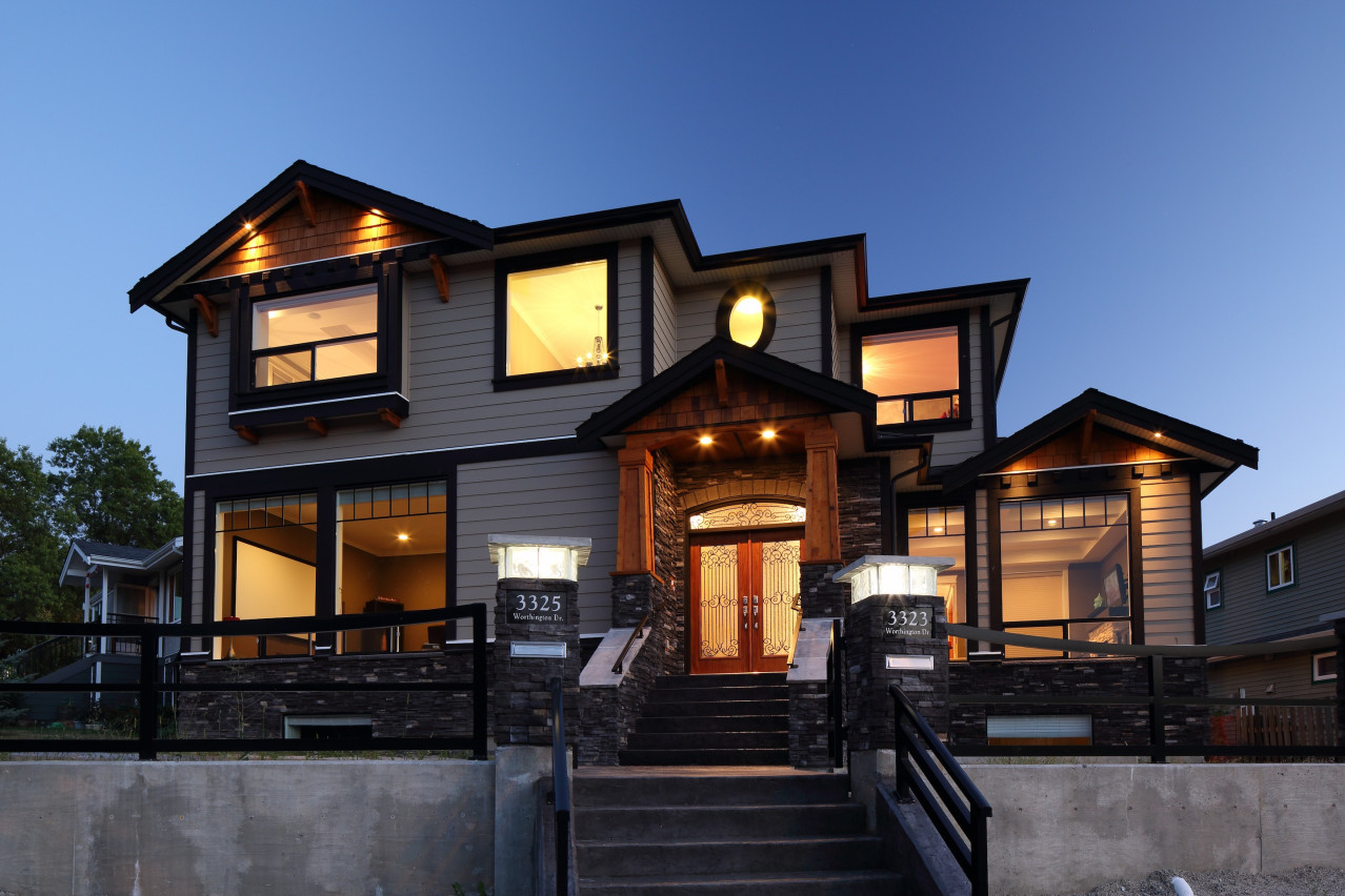 Worthington, Vancouver Custom Home