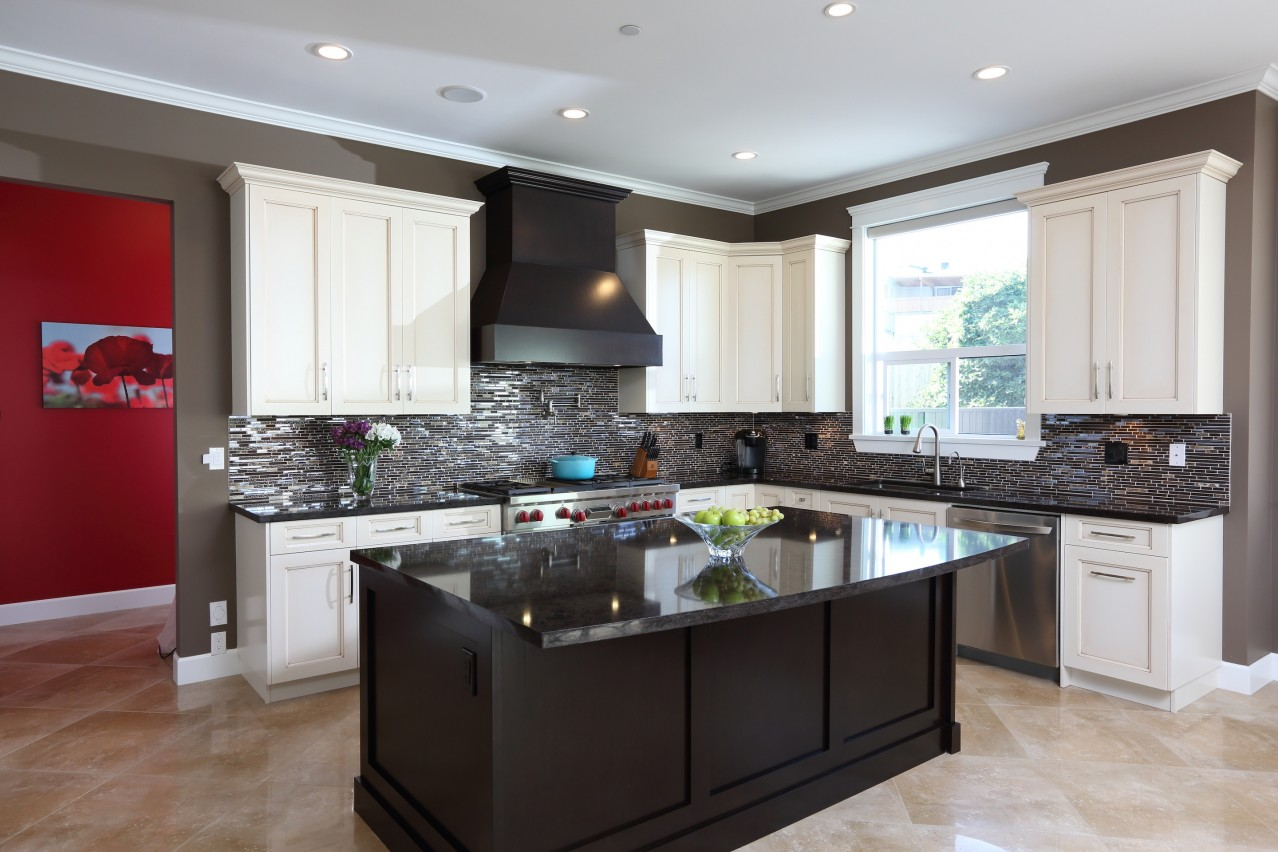 Worthington Kitchen 1