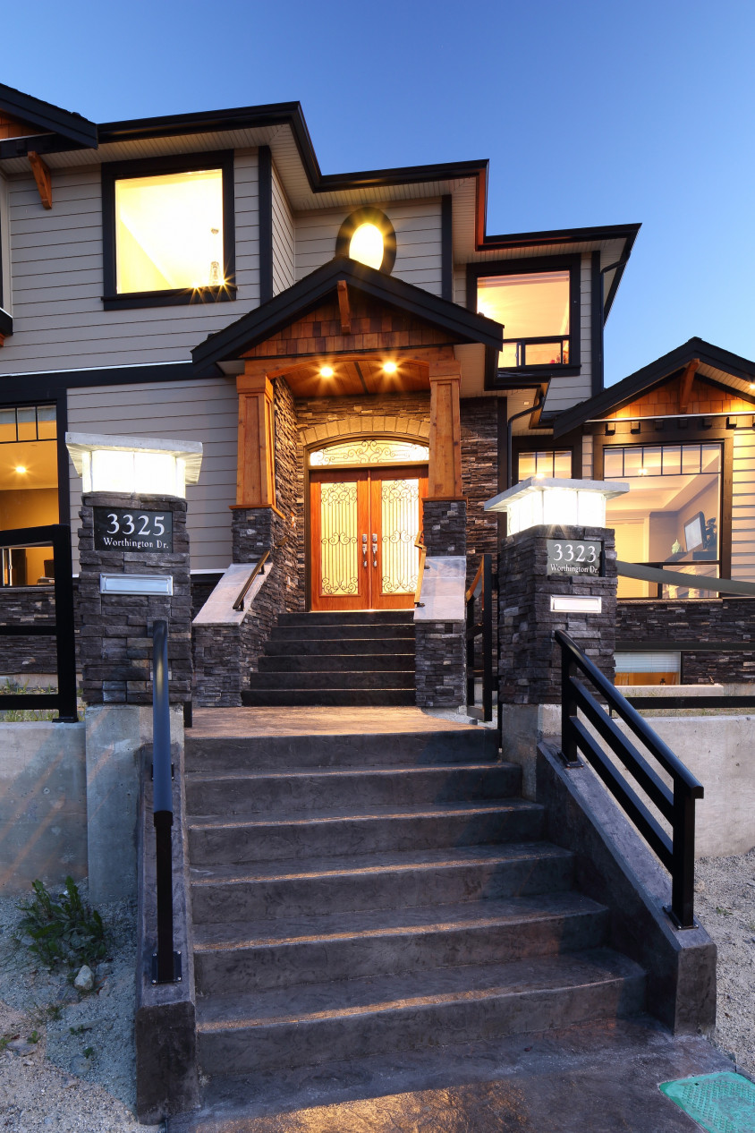 Custom built vancouver home worthington